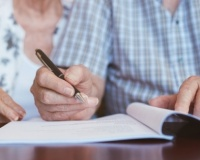 ​What are the risks of DIY Lasting Power of Attorney's and Wills?